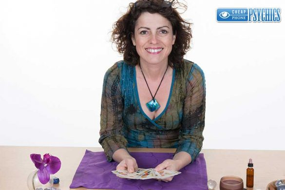 Cheap Phone Psychics - Tarot Card Readings